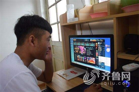 现在什么网络游戏能赚钱?目前最容易赚RMB的网游大全